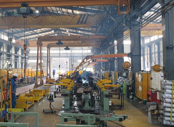 Manufacturing equipment1